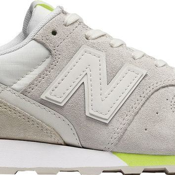 New Balance Women's Suede 696 Shoes