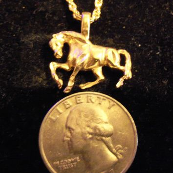 bling 14kt yellow gold plated farm ranch western rodeo show sport racing horse mascot animal pendant charm 24 inch rope chain hip hop trendy fashion necklace jewelry.