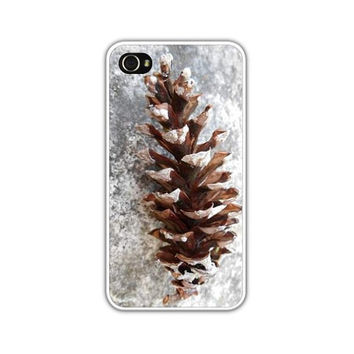 iPhone 4/4s, 5, Frosty Pine Cone, Snowy Winter iPhone Cases/Snowing/Winter/Frosty Windowpane,As Seen On Etsy's Front Page, FREE SHIPPING USA