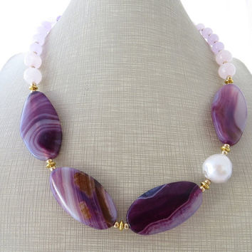 Purple chunky necklace, agate necklace, lavender jade necklace, gemstone choker, beaded necklace, contemporary jewelry, italian jewelry