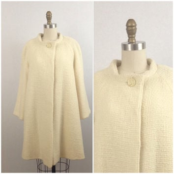 1960's Ivory wool swing coat- Ivory coat- Vintage ivory coat- Winter white coat- Mad men coat