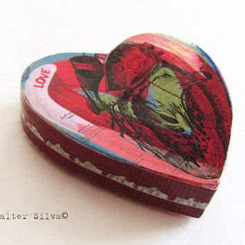 Anatomical print Decoupage Heart Magnet - Heart Shaped Anatomical Wood Magnet - Cardiology Art Magnet