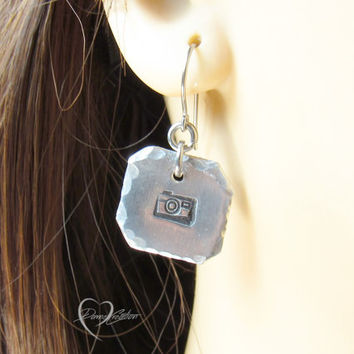 Camera Earrings - Handstamped Earrings - Hammered Earrings - Photographer Gift - Photography Jewelry - Gift for Her - Hipster Earrings