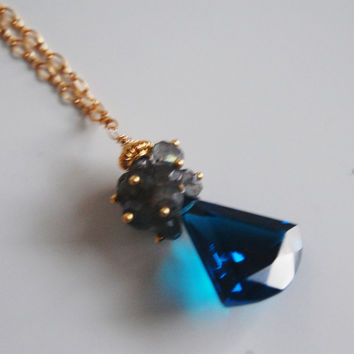 London blue quartz cluster pendant necklace - gemstone labradori
