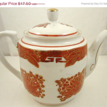 Seven Cups:Red And White Chinese Porcelain Tea Pot