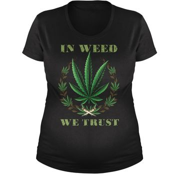 In Weed We Trust Maternity Pregnancy Scoop Neck T-Shirt