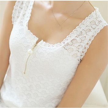 2017 Blouse Shirt Women Black/White Blouses Short Sleeve O-Neck Sexy Lace Floral Fashion Ladies Tops Shirt Clothing
