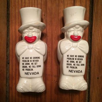 1986 vintage clown Nevada salt and pepper shakers, funny, bows