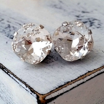 Clear white diamond Swarovski crystal stud earrings,  Rhinestone stud earrings, Bridal earrings, Bridesmaid earrings, gold or silver