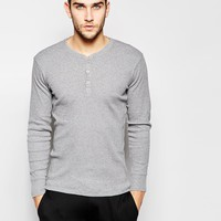Levi's Henley Long Sleeve T-Shirt In Regular Fit