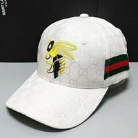 GUCCI Tide brand embroidery bee wild sunshade sun hat white
