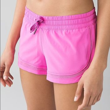 make a move shorts lululemon pink paradise size 2