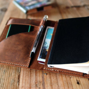 Moleskine cover. Agenda leather cover. Small moleskine leather case. Perfect travel gift. Travel journal cover. Travel accessories. MLSK004