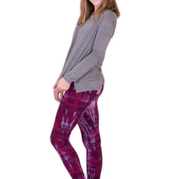 Purple Pink Lightning Stripes Tie Dye Leggings