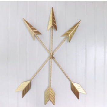 Gold Arrow Wall Hanging.Arrow Wall Art.Gold Home Décor.Arrow Nursery Décor.Tribal.Native American Metal Arrow.Bohemian Décor.Trendy Gold