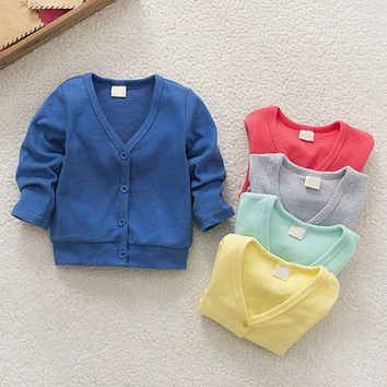 The boys and Girls Knitted cardigan single breasted kids 2017 spring new baby boy girl child coat sweater V collar cardigan thic