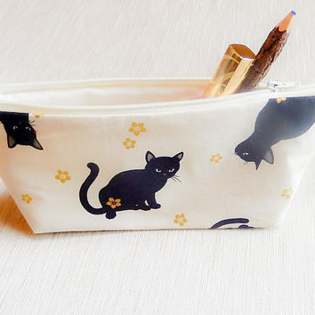 Make Up Bag/ Pencil Case/ Black Cat Zipper Pouch/ Gift for Her/ Gift for Cat Lovers/ Back to School Supply/ Birthday Gift/ Best Friend Gift