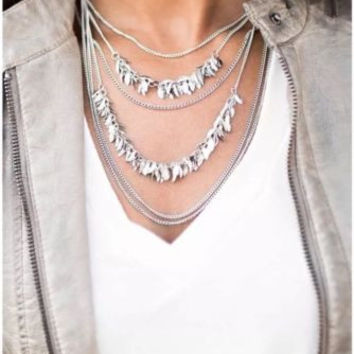 Paparazzi A Craving For Chaos Silver Necklace With Earrings