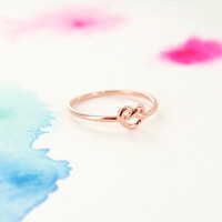 Simple Tiny Knot Ring in Rose Gold