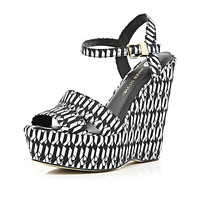 River Island Womens Black geometric print peep toe wedges