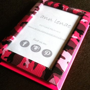 Pink Camo Picture Frame / Camouflage Frame / Duct Tape Covered Pink Camo Photo Frame Decor