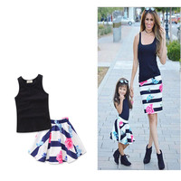 Summer Family Matching Outfits Mommy and Me Clothes set Family Clothing Baby Girls clothing sets sleeveless shirts+flower skirts