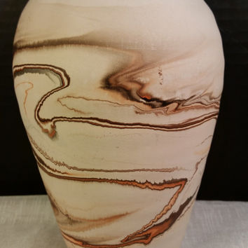 Nemadji Pottery Mission-Style Vase Earthtones Vintage Nemadji Pottery Swirling Painted Southwestern Vase Pot Handmade in USA Tan Brown Cream