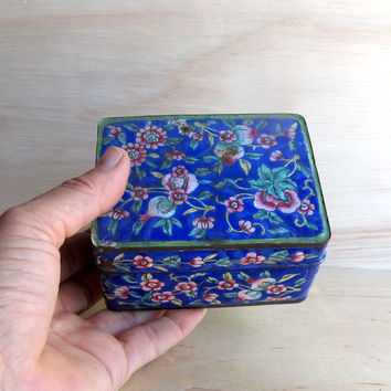 Trinket box, small blue metal trinkets  box, Emmanuel Estate  Vintage Blue Enamel Trinket Jewelry Box, floral box treasure box, gift for her