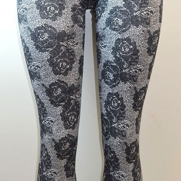 Lace Rose Print Leggings