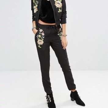2017 New Women Vintage Elegant Floral Embroidery Poclets Slim Pencil Pants Trousers  Elastic Waist Bow Tied Quality Skinny Pants