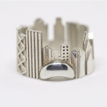 Chicago Cityscape Statement Ring