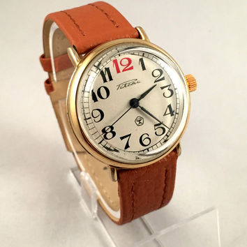"RARE Vintage men's watch ""ROCKET""(Raketa), mechanical Soviet wristwatch, lovely round dial watch, brand new leather band, gift for him."