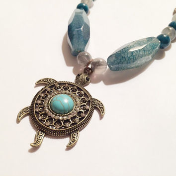 Sea Turtle Necklace, Agate Beaded