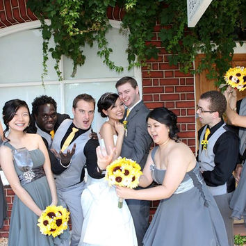 17 piece Silk Yellow Sunflower Wedding Bouquet Set with Matching Boutonnieres & Corsages