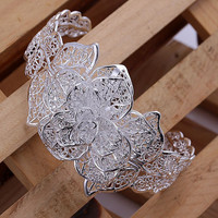 Ladies 925 Silver Bracelet Flower Cuff Beautiful In Style!