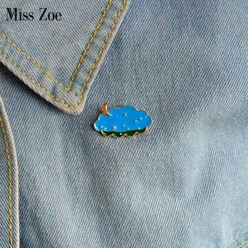 Trendy Miss Zoe Cartoon pins Moon and stars clouds brooch Pins Childlike Button Pin Denim Jacket Pin Badge Jewelry Gift for Kids AT_94_13