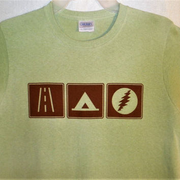 Grateful Dead Tour T Shirt Womens- On the Road...Camping...Seeing Shows= Tour Life! Green Brown State Park Sign Tent 13 point Lightning Bolt