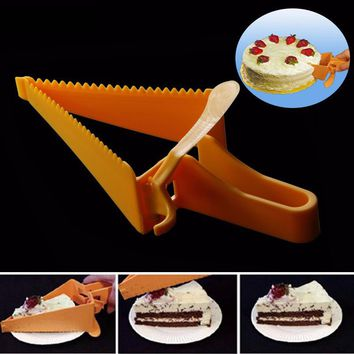 2017 New Cake Pie Slicer Sheet Guide Cutter Server Bread Slice Knife Kitchen Gadget kitchen Accessories With Food Grade Material