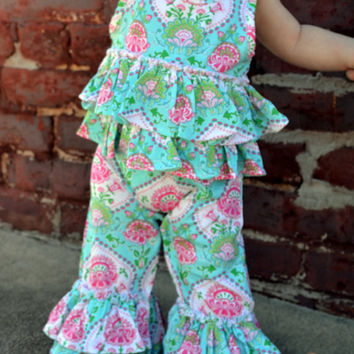 SALE Monogrammed Infant Easter Outfit - Spring - Boutique Outfit - 2 Peice Set