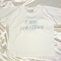 SWEET LORD O'MIGHTY! SENSITIVE BABY CROP TEE IN WHITE
