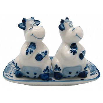 Unique Salt and Pepper Shakers Happy Cows