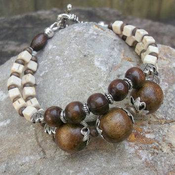 Boho chic howlite wooden handmade bracelet for women, Fashionable wardrobe-friendly stone jewelry