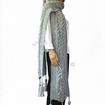 Light Gray Cable Hand Knit Hooded Scarf Acrylic Pom Pom Hulk Infinity Hood Scarf Chunky Hat Chunky Hooded Cowl Winter Hoodie Hood Extra Long