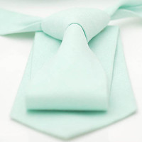 pastel mint green neck-tie, solid plain color, cotton, hand made,mint theme wedding, mint accessory decoration, groom, groomsmen,men