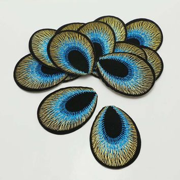 Free shipping 50pcs\Lot SKY BLUE color Embroidered Cloth Iron On Patch Sew Motif Applique Embroidery Peacock eyes