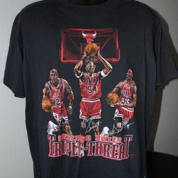 DCCKHD9 90's Michael Jordan, Scottie Pippen & Horace Grant Chicago Bulls Triple Threat T-Shirt