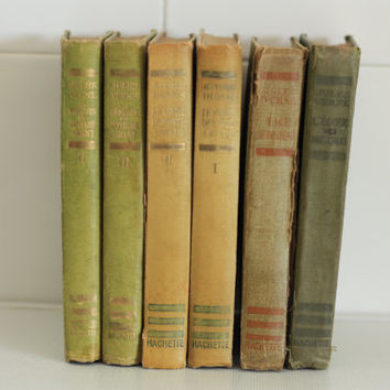 1930. Set of 6 books vintage books Hachette collection // Green book collection // Decorative shades of green and gold lettering