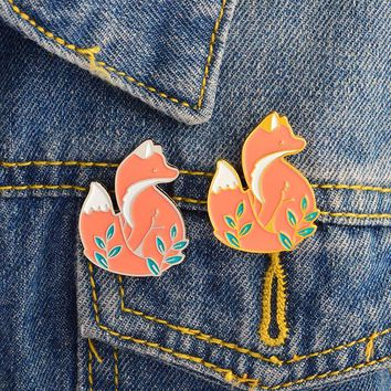 Trendy Animal Fox Brooch and Pin Cute Gold Silver Fox pin Buckle Denim jacket Shirt Collar Lapel Pins Badge Jewelry Gift for Kids Girl AT_94_13