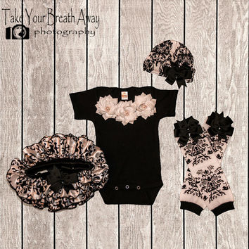 Newborn take home outfit, Couture Damask Bodysuit & Bloomer Set, Baby Girl Take Home Outfit, Spring, Baby Shower, New Baby Gift