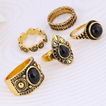 Retro carved black clouds of precious stones ring five sets